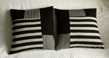 pillow twin black and beige (1)